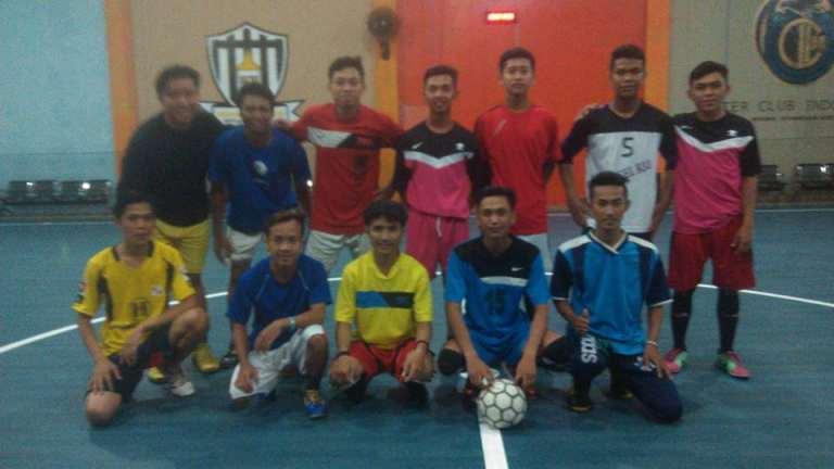 Futsal bersama LPK Prisma Pangkalan Bun dengan LP3T Banua Mandiri