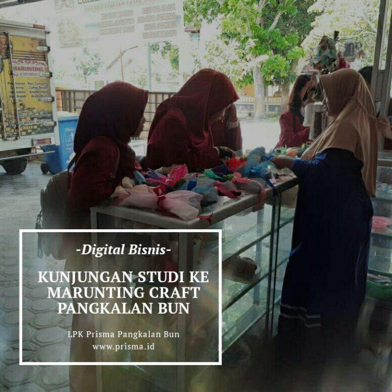 Kunjungan Studi Jurusan Digital Bisnis ke Marunting Craft Pangkalan Bun
